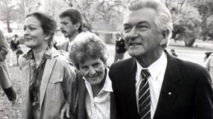 Rosslyn (far left) pictured with Bob Hawke and his wife Hazel in 1987